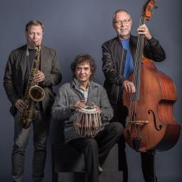 Dave Holland - Zakir Hussain - Chris Potter